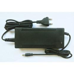 Chargeur 4 A pour trottinette électrique E-twow (24V) Eco et Master connecteur 5mm (petit)