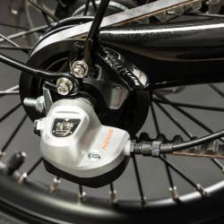 Vélo électrique pliant noir à courroie EOVOLT City X